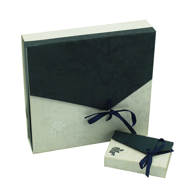 Special paper made earring gift box supplier