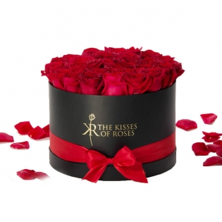 Beautiful Flowerboxes for Rose Delivery