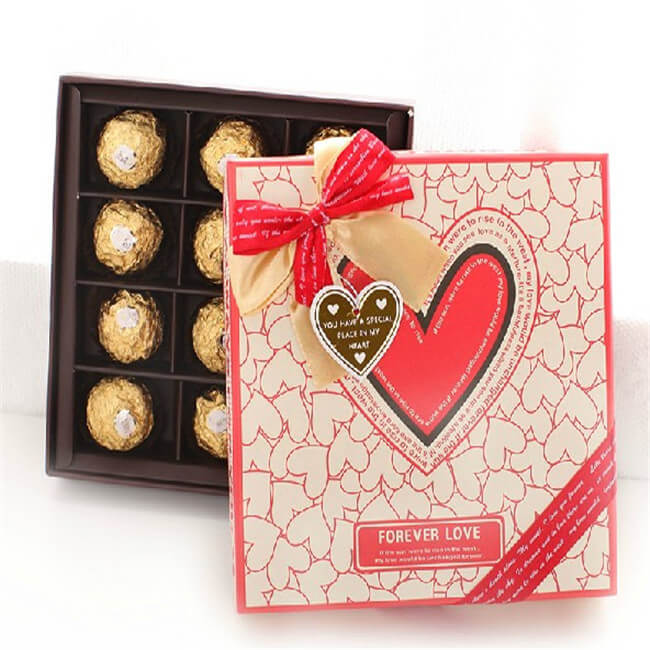 Lovely Personalized Chocolate Boxes For Gifts