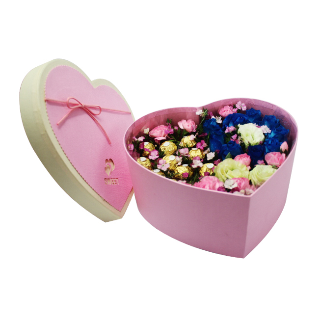 Heart Shaped Rose Chocolate Box With Lid