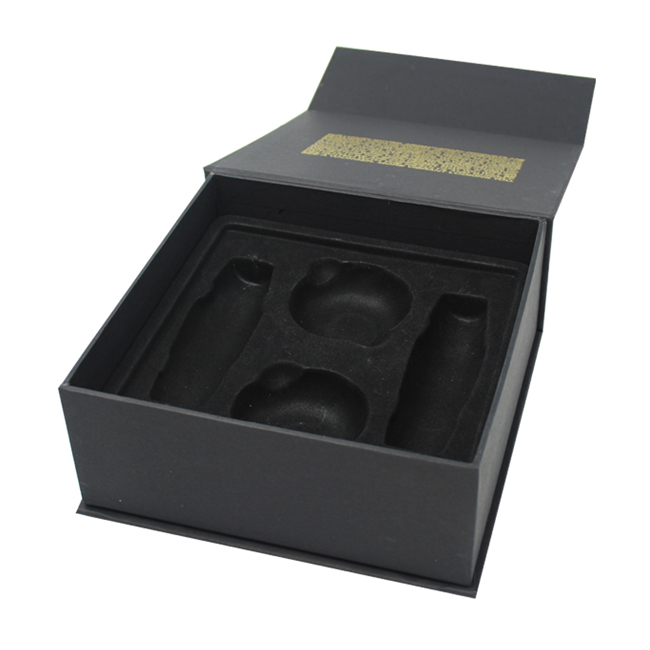 Matte Black Cardboard Cosmetic Packaging With Tray
