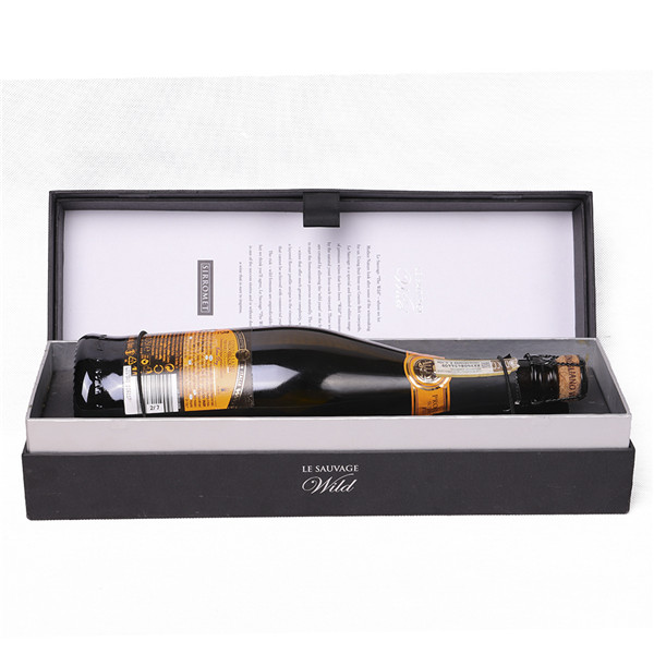 wine box with glass (7)