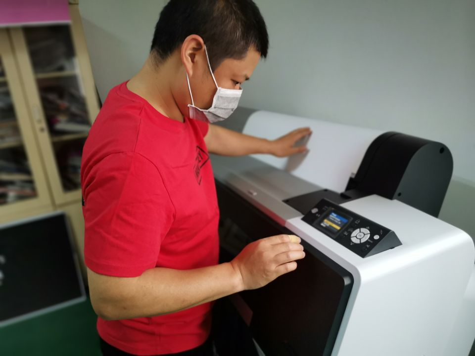 New digital printing machine and laminating machine